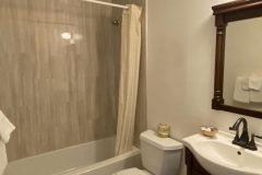 lambert-inn-bathroom